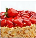 Strawberry Cake by Timosaby