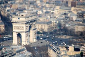 Arc de Triomphe tiltshift by Mig26