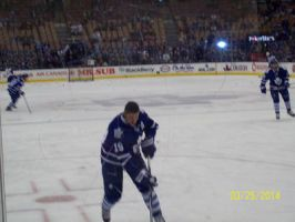 Lupul in warmups by Musicislove12