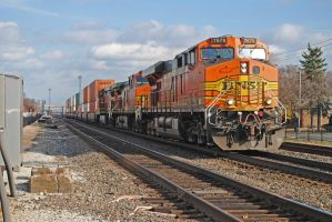 BNSF East Ave. 11-14-10 by eyepilot13