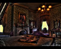 DeMenil Mansion - Bedroom by ellysdoghouse