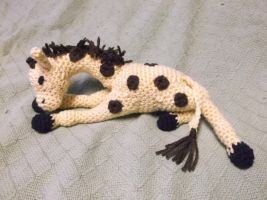 Posable giraffe amigurumi by ShadowOrder7