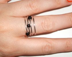 Black Bead Ring by lettym