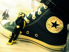 Froggie Adores Converse. by loselips-sinkships