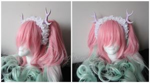 Lilac horns with white flowers by Charly-chan