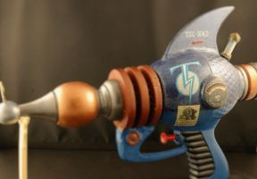Tesla-Webley Steampunk Raygun, Mjolnir by Boston-Corbett