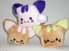 Kitty Cubed Plushies for AFest by Love-Who