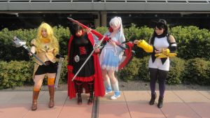 RWBY - You fight with THIS? by Cos-mopolitan