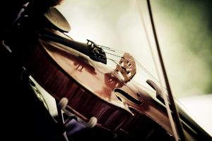 Violon 3 by Mamouuuth