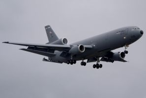 McDonnell Douglas KC-10 Landing by shelbs2