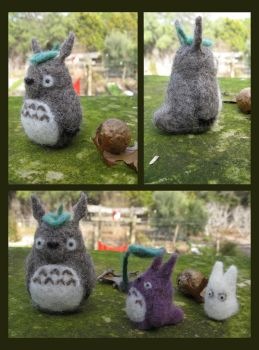 Needle felted Totoros by janey-jane