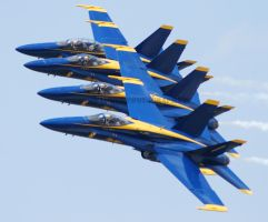 Blue Angels Close 2 by GTX-Media