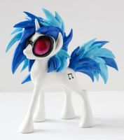 Vinyl Scratch Sculpture by SaveBlackSheep