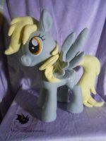 Ditzy Derpy Hooves by Legadema
