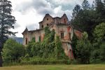 the ghost mansion 1 by leChatdeChester