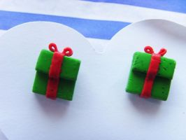 Christmas Present Studs  Green by tyney123