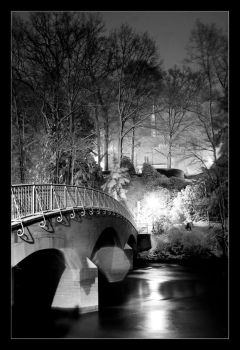 Bridge at Night 2 by thaimonkey