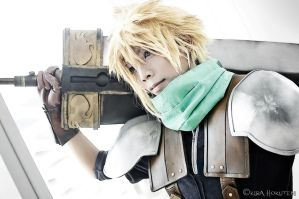 Cloud Strife by KiraHokuten