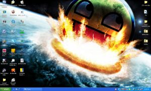 THE DESKTOP OF PURE AWESOME by Ryu-Gi