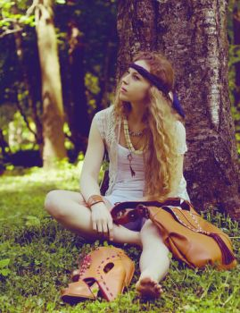 Be Hippie by Elanor90
