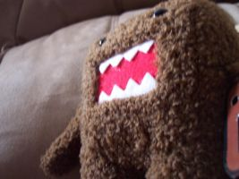 Domo on the couch by The7thLoonatic