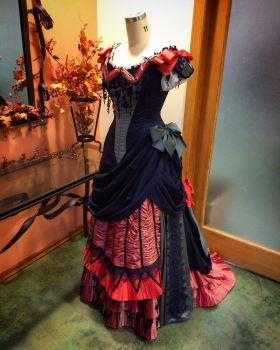 1878 Victorian Gown by Naboo-Girl