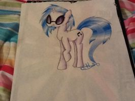 First try Vinyl Scratch by QueenMoonlight101