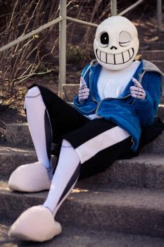 Undertale_Sans_Cosplay 01 by Hiniha