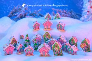 Miniature Gingerbread Village by CaroMcFW