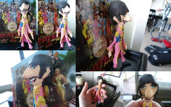 ME CLAY SGT PEPPER RINGO by 89000007ANL