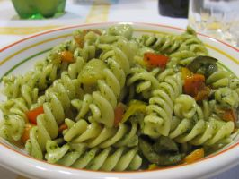 Pasta Pesto and Vegetables by DragonoftheEastblue