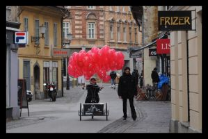 Red baloons by garbo009