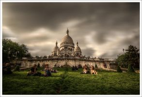 Paris: Montmartre End of day by Graphylight
