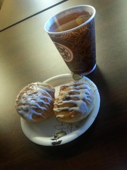 Cinnamon Rolls and Apple Juice Today by SweetPLusCuteXD