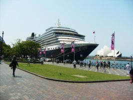 Queen Victoria Cruise Ship by ARTmonkey90