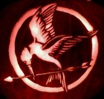 Hunger Games Pumpkin by ImpartialX