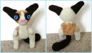 Crochet Gumpy Cat Doll by Windowsillcharms