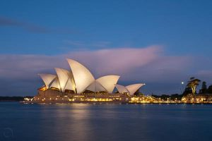 Sydney Opera House by antontang
