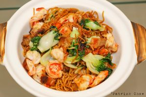 Fried Singaporean noodles by patchow