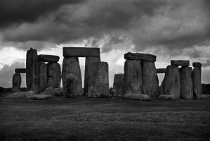 Stone Henge B+W by jamesparr