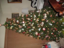 Christmas Tree 09 pt 2 by Ironhold