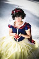 Snow White: Apple by ocwajbaum