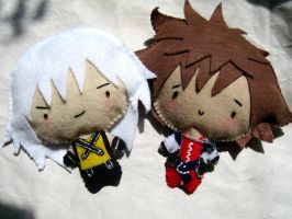 Riku and Sora chibi plushies by SushiLuvZombie