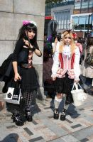 Gothic Girls by harajuku-observer