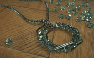 Mobius Pendant Costume Jewelry by LuxXeon