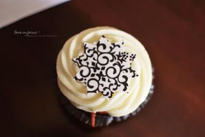 Happy Birthday Cupcake by love-in-focus-Photo