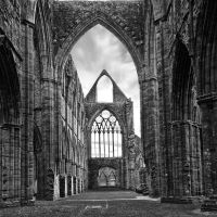 Tintern in Mono by CharmingPhotography