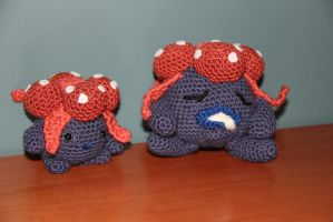 #044 gloom by pokecrochetchallenge