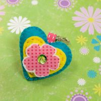 small heart keyring by nandiamond