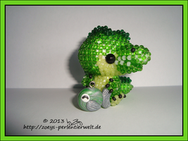 Crocodile with partial views by Zoey-01